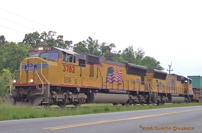 up_3782_SD70M_charlotte_nc_may5_2005.jpg