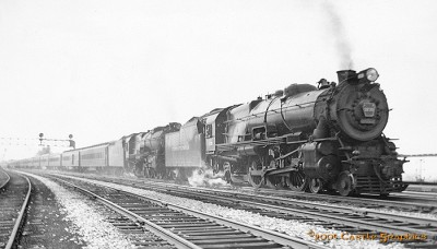 prr_4-6-2_general_englewood_station_may29_1938.jpg
